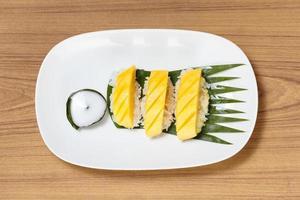 tropisches Dessert im thailändischen Stil foto