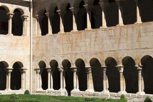 der romanische kloster von santo domingo de silos, spanien foto