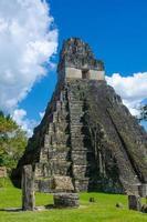 Tikal Ruinen und Pyramiden