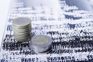 Untersuchung der finanziellen Möglichkeiten foto