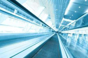 Rolltreppe Indoor-Einkaufszentrum