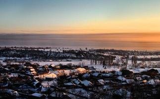 Dorf im Winter. foto