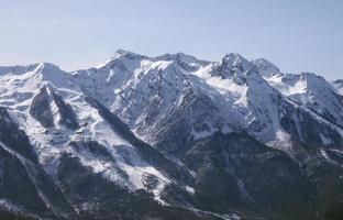 kaukasische Berge in der Nähe von Sotschi foto