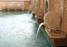 Schwimmbad mit Dekoration foto