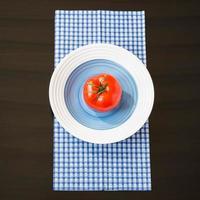 Essen. Gemüse. Tomate. foto