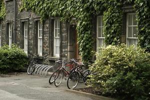 Fahrräder am Trinity College foto
