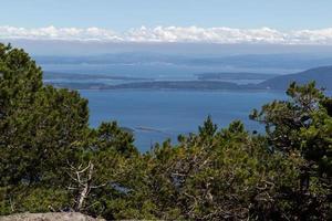 Hoher Aussichtspunkt der San Juan Inseln im Sommer foto