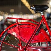 rotes Fahrrad foto