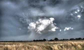 Tornado, der sich in Oklahoma bildet foto