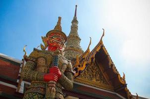 Yaksha oder Dämonenwächter in Thailand foto