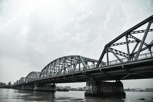 Phra Phuttha Yodfa Brücke, alte Brücke, Thailand foto