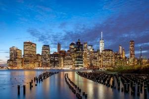 New York City Innenstadt in der Dämmerung foto