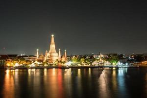 Wat Arun in der Nacht