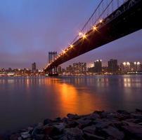 unter der Manhattan Bridge foto