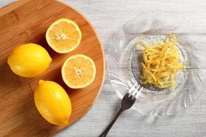 kandierte Zitronenschale foto