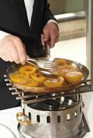 Pfirsiche in Sirup