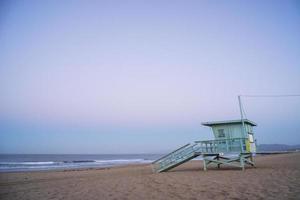 Rettungsschwimmerhütte am Strand von Venedig 2 foto
