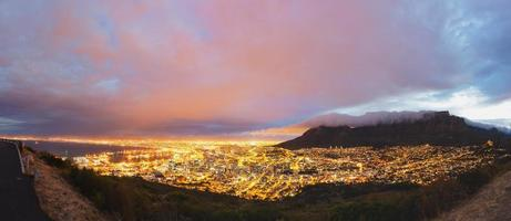 Kapstadt und Tafelbergpanorama foto