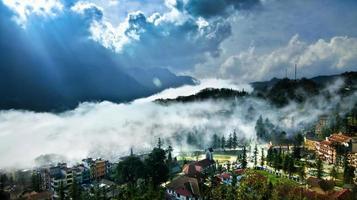 Sapa im Nebel, Lao Cai, Vietnam.