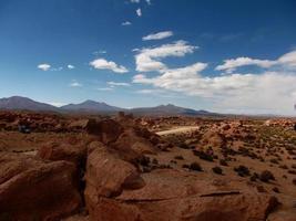 Steinwüste in Bolivien rockt Gebirgssand