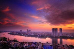 Morgendämmerung in der Stadt Ho Chi Minh foto
