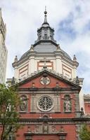 schöne kirche in madrid foto