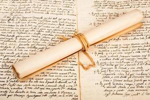 gerolltes Pergament