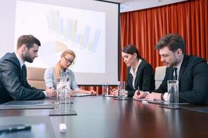 Diskussion der Präsentation foto