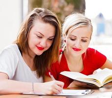 Hausaufgaben zusammen foto