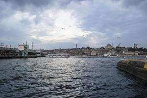 Seeverkehr in Istanbul, Bosporus