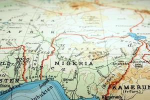 Weltkarte mit Schwerpunkt auf dem Land Nigeria foto
