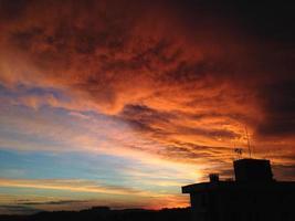 Sonnenuntergangswolken foto