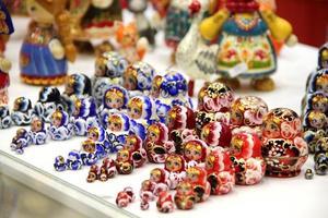Mischung aus russischen Babuschkas foto
