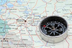 reiseziel moskau russland, karte mit kompass