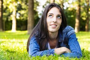 schöne junge Frau foto