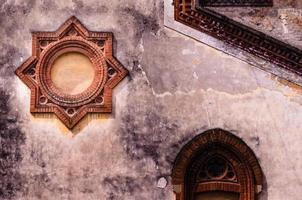 Details einer Wand in Mailand. foto
