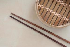 traditioneller Bambusdampfer foto