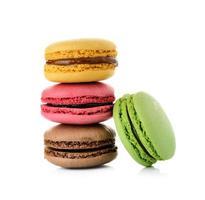 Macaron isoliert auf weißem Hintergrund foto
