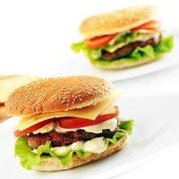 Hamburger mit Schnitzel foto