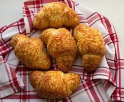 Croissants mit Käse foto