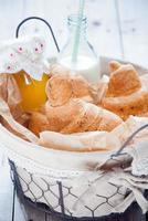 frische französische Croissants foto