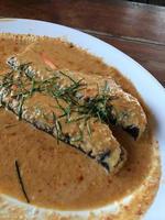 frittierte Curry-Fischfrikadellen foto