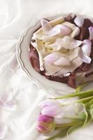 romantischer Schokoladenkuchen für ein Date foto