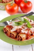 Cannelloni mit Fleischsauce foto