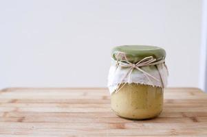 leckerer frischer Hummus foto