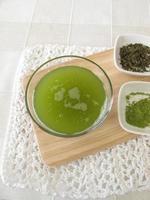 Sencha grüner Tee mit Matcha foto