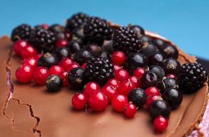 frische Beeren und Schokolade foto