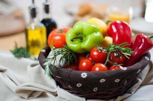 Korb mit Gemüse foto