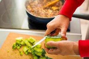 Verfahren zur Zubereitung von Spaghetti Bolognese foto