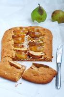 Birnen-Mandel-Torte, selektiver Fokus foto